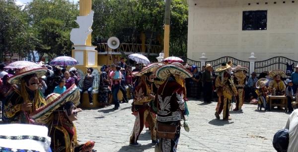 danza-mexicanos-palo-volador-guatemala-quiche